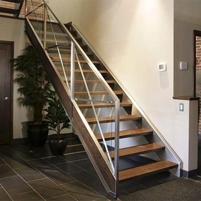 简约钢木楼梯