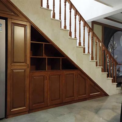 直式实木楼梯