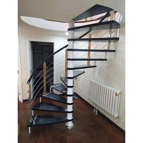 室内中柱楼梯