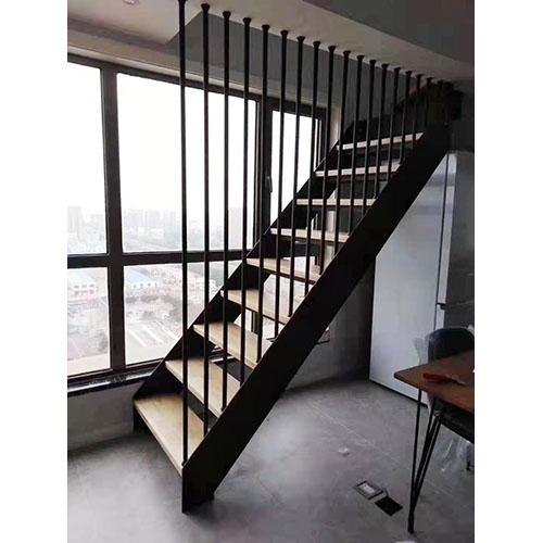 室外双梁楼梯